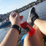 Relaxing with some cheeky bevvies on the Vltava